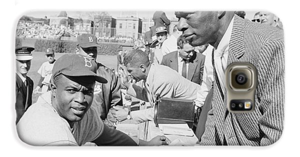 Wrigley Field Galaxy S6 Case - Jackie Robinson And Nat King Cole At Wrigley Field by The Harrington Collection