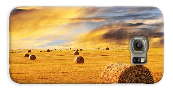 Golden Sunset Over Farm Field With Hay Bales Galaxy S6 Case
