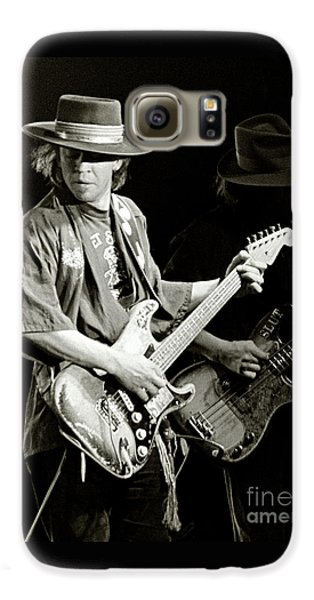 Rock And Roll Galaxy S6 Case - Stevie Ray Vaughan 1984 by Chuck Spang