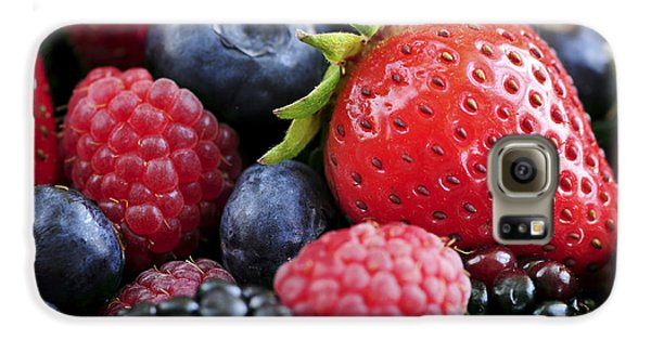 Assorted Fresh Berries Galaxy S6 Case by Elena Elisseeva