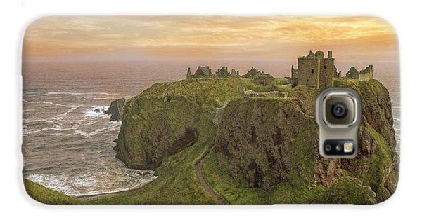 A Dunnottar Castle Sunrise - Scotland - Landscape Galaxy S6 Case