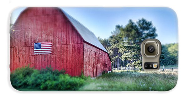 Galaxy S6 Case featuring the photograph American Barn by Sebastian Musial
