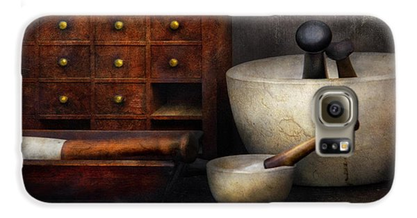 Apothecary - Pestle And Drawers Galaxy S6 Case
