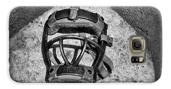 Baseball Galaxy S6 Case - Baseball Catchers Mask Vintage In Black And White by Paul Ward
