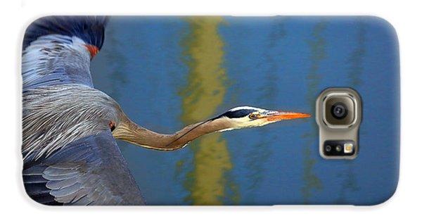 Bay Blue Heron Flight Galaxy S6 Case by Robert Bynum