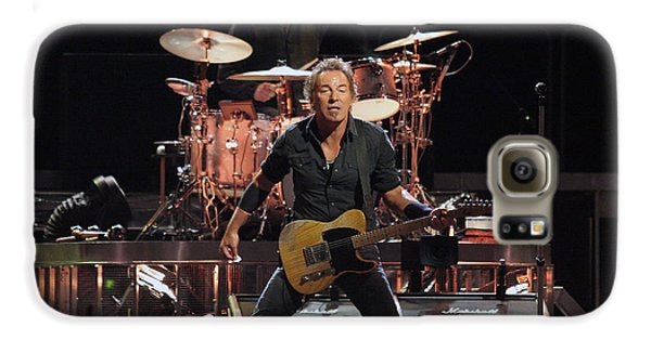 Bruce Springsteen Galaxy S6 Case - Bruce Springsteen In Concert by Georgia Fowler