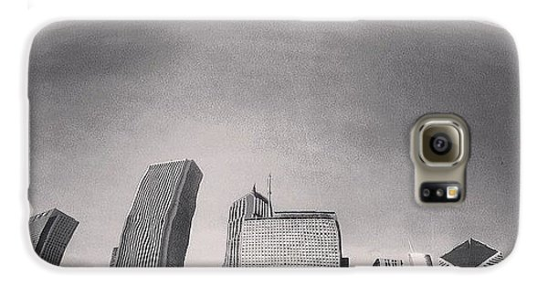 City Galaxy S6 Case - Cloud Gate Chicago Skyline Reflection by Paul Velgos