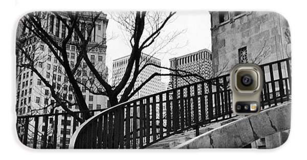 Architecture Galaxy S6 Case - Chicago Staircase Black And White Picture by Paul Velgos