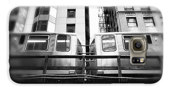 Architecture Galaxy S6 Case - Chicago L Train In Black And White by Paul Velgos