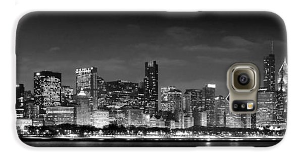 Chicago Skyline At Night Black And White Galaxy S6 Case by Jon Holiday