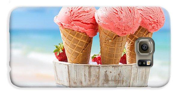 Close Up Strawberry Ice Creams Galaxy S6 Case