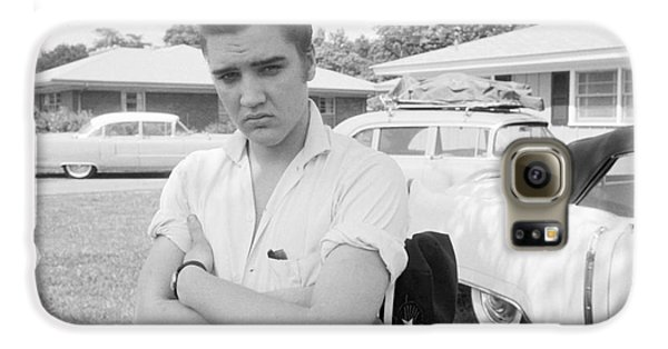 Elvis Presley With His Cadillacs 1956 Galaxy S6 Case by The Harrington Collection