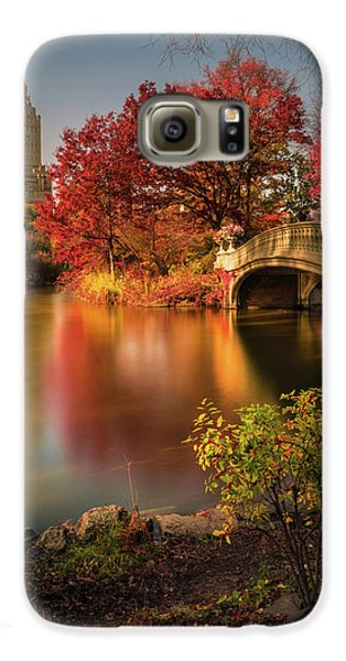 Colours Galaxy S6 Case - Fall In Central Park by Christopher R. Veizaga