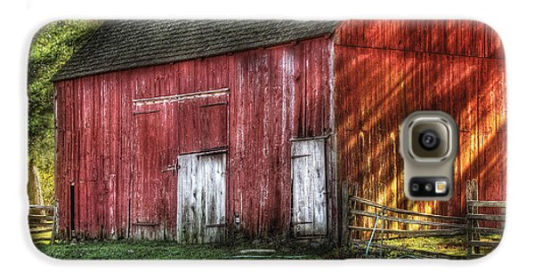 Farm - Barn - The Old Red Barn Galaxy S6 Case