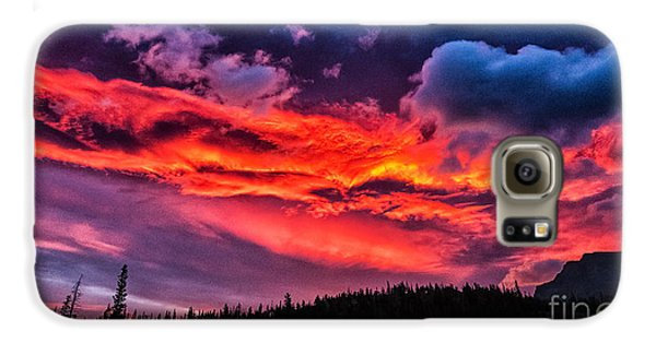 Fiery Sunrise At Glacier National Park Galaxy S6 Case