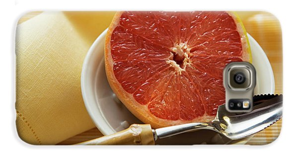 Grapefruit Half With Grapefruit Spoon In A Bowl Galaxy S6 Case
