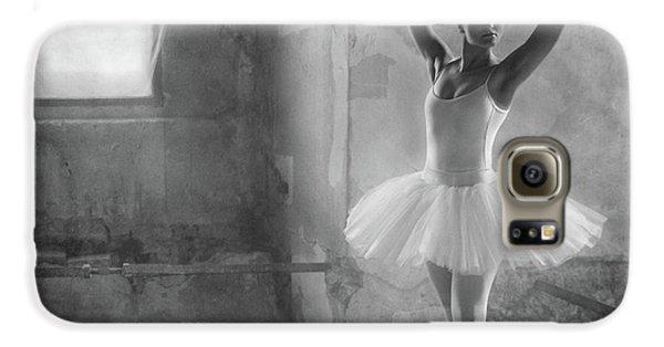 Swan Galaxy S6 Case - In Position by Roswitha Schleicher-schwarz