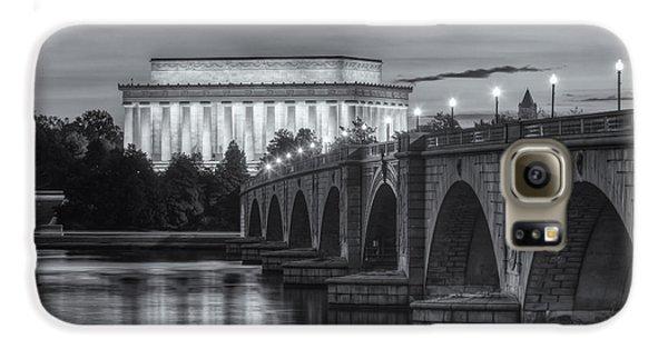 Lincoln Memorial And Arlington Memorial Bridge At Dawn II Galaxy S6 Case