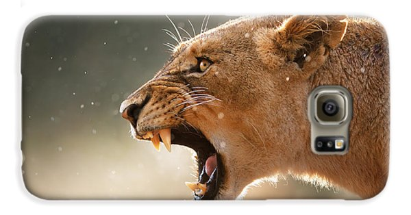 Lioness Displaying Dangerous Teeth In A Rainstorm Galaxy S6 Case by Johan Swanepoel
