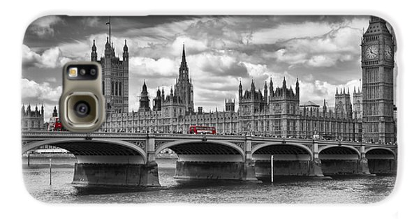 London - Houses Of Parliament And Red Buses Galaxy S6 Case by Melanie Viola