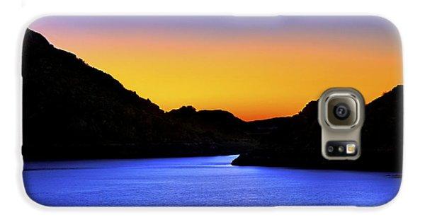 Looking Through The Quartz Mountains At Sunrise - Lake Altus - Oklahoma Galaxy S6 Case