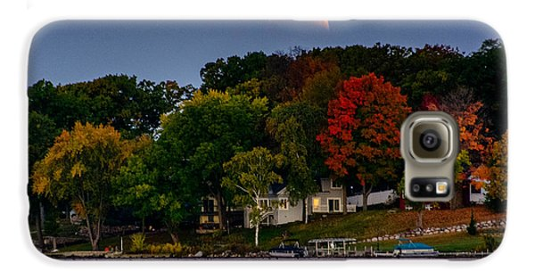 Lunar Eclipse Over Pewaukee Lake Galaxy S6 Case
