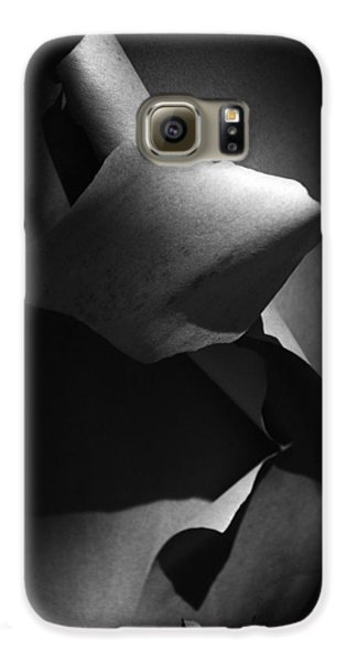 Galaxy S6 Case featuring the photograph Madrona Bark Black And White by Yulia Kazansky