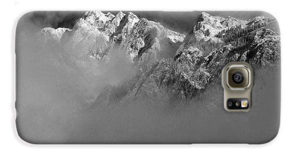 Misty Mountains In Mono Galaxy S6 Case