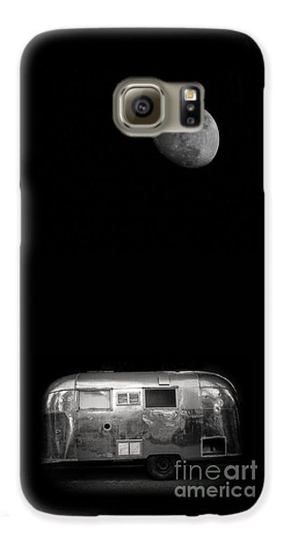 Moonrise Over Airstream Galaxy S6 Case