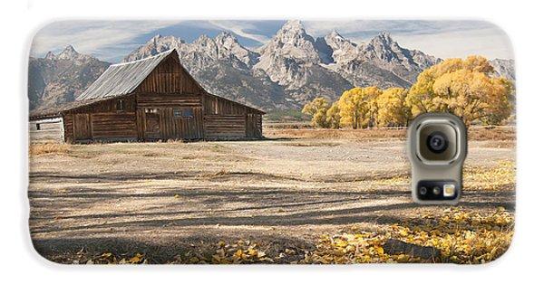 Moulton Barn Autumn Galaxy S6 Case