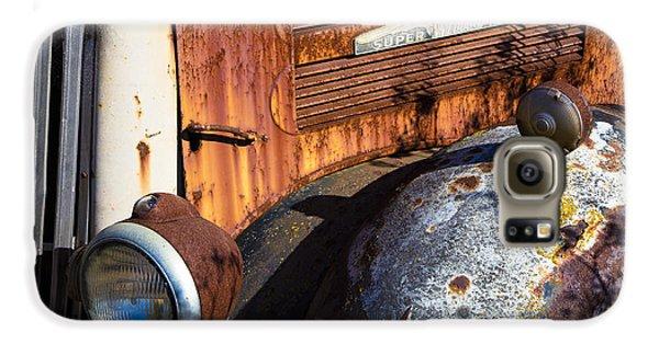 Rusty Truck Detail Galaxy S6 Case by Garry Gay