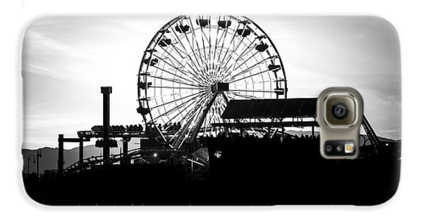 Santa Monica Ferris Wheel Black And White Photo Galaxy S6 Case by Paul Velgos