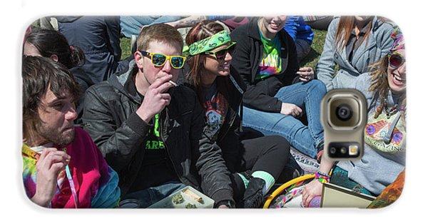 Smoking Marijuana Galaxy S6 Case