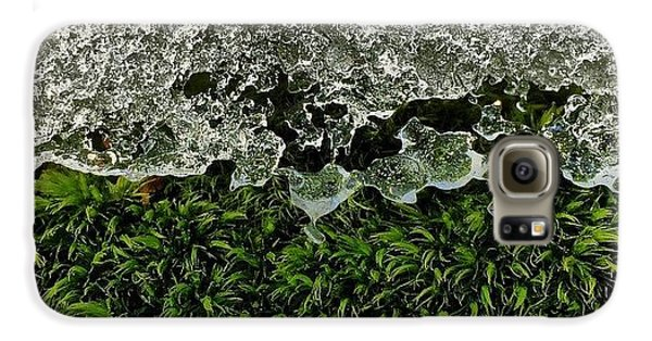 Detail Galaxy S6 Case - Snow & Moss, 2015.02.07 #bmr #lehman by Aaron Campbell