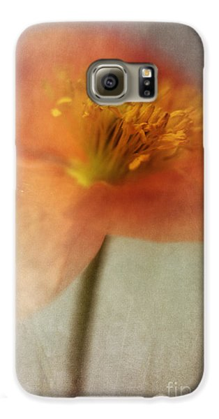 Soulful Poppy Galaxy S6 Case by Priska Wettstein