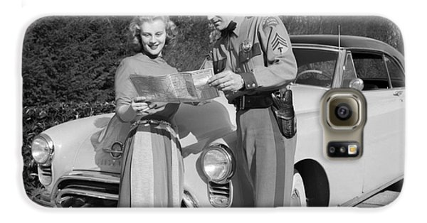 State Patrolman Assists Young Woman Traveler 1951 Galaxy S6 Case