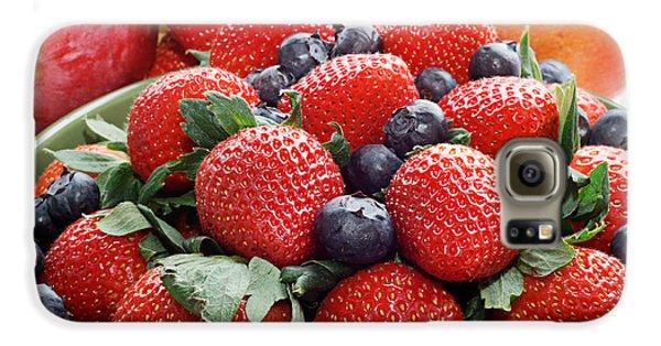 Strawberries Blueberries Mangoes - Fruit - Heart Health Galaxy S6 Case