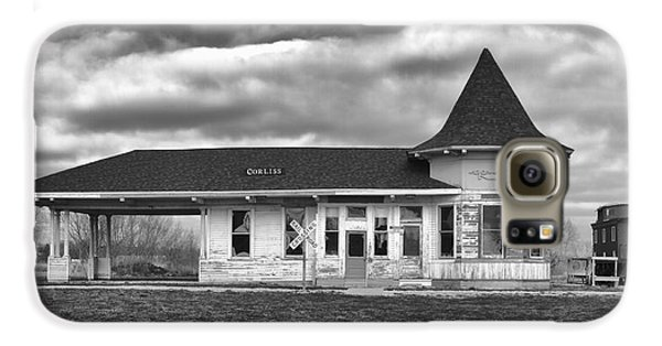 Galaxy S6 Case featuring the photograph Sturtevant Old Hiawatha Depot by Ricky L Jones