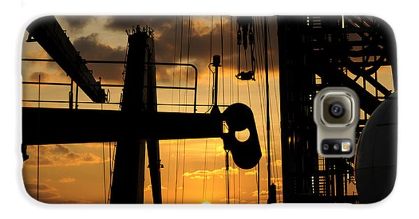 Sunset Viewed From An Oil Rig Galaxy S6 Case