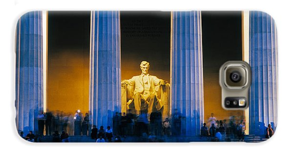 Tourists At Lincoln Memorial Galaxy S6 Case by Panoramic Images