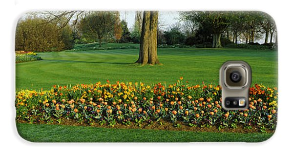 Hyde Park Galaxy S6 Case - Tulips In Hyde Park, City by Panoramic Images