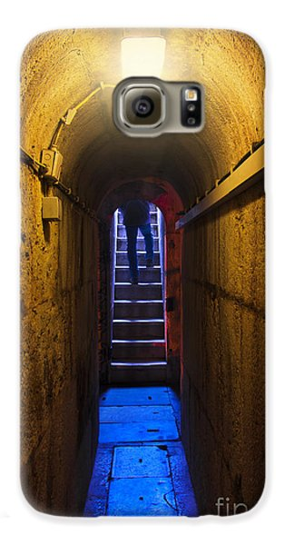 Dungeon Galaxy S6 Case - Tunnel Exit by Carlos Caetano