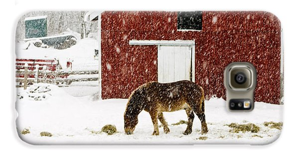 Vermont Christmas Eve Snowstorm Galaxy S6 Case by Edward Fielding