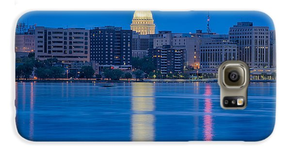 Galaxy S6 Case featuring the photograph Wisconsin Capitol Reflection by Sebastian Musial