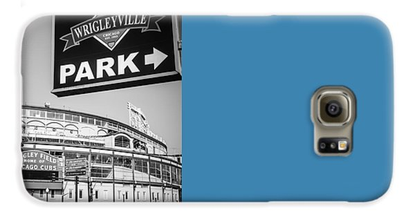 Wrigleyville Sign And Wrigley Field In Black And White Galaxy S6 Case by Paul Velgos