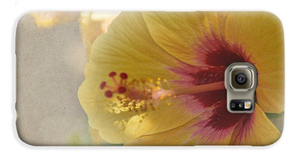 Yellow Hibiscus Galaxy S6 Case