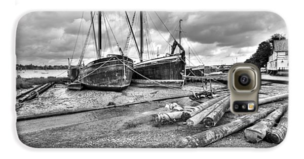 Boats And Logs At Pin Mill  Galaxy S6 Case