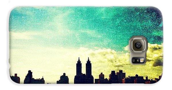 Amazing Galaxy S6 Case - A Paintbrush Sky Over Nyc by Luke Kingma