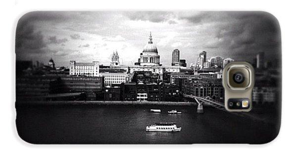 London Galaxy S6 Case - Back In London by Ritchie Garrod