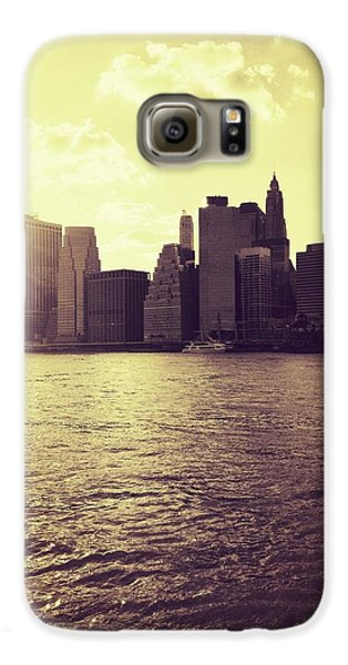 City Galaxy S6 Case - Sunset Over Manhattan by Vivienne Gucwa